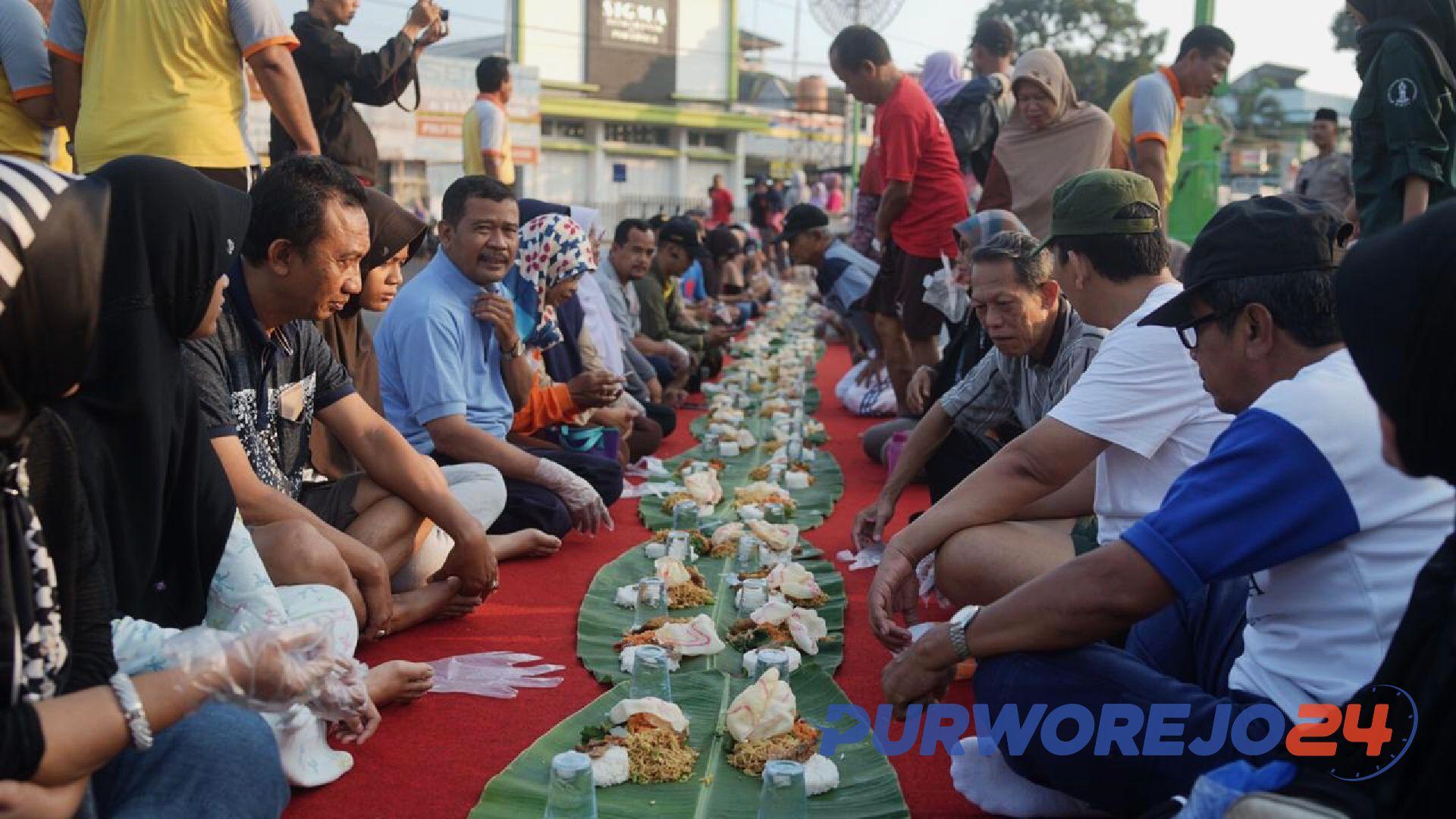 Sarapan Bareng di CFD dalam Peringatan HUT Bhayangkara ke 73 Polres Purworejo