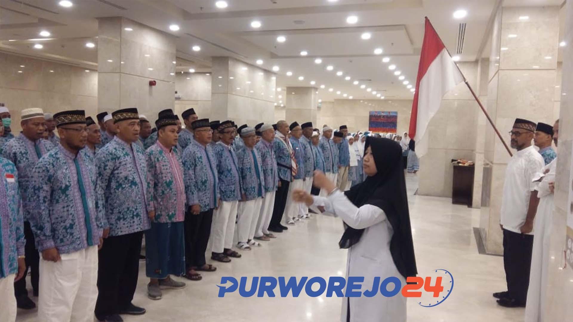 Jamaah Haji Asal Purworejo Melaksanakan Upacara HUT RI di Mekah