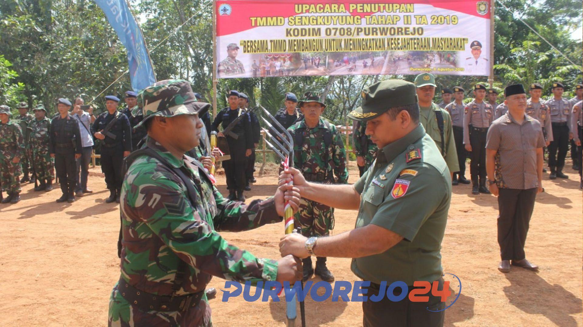 Penutupan kegiatan TMMD Sengkuyung Tahap II Tahun 2019 di desa Sukowuwuh, Purworejo Jawa Tengah. (8/8/2019)