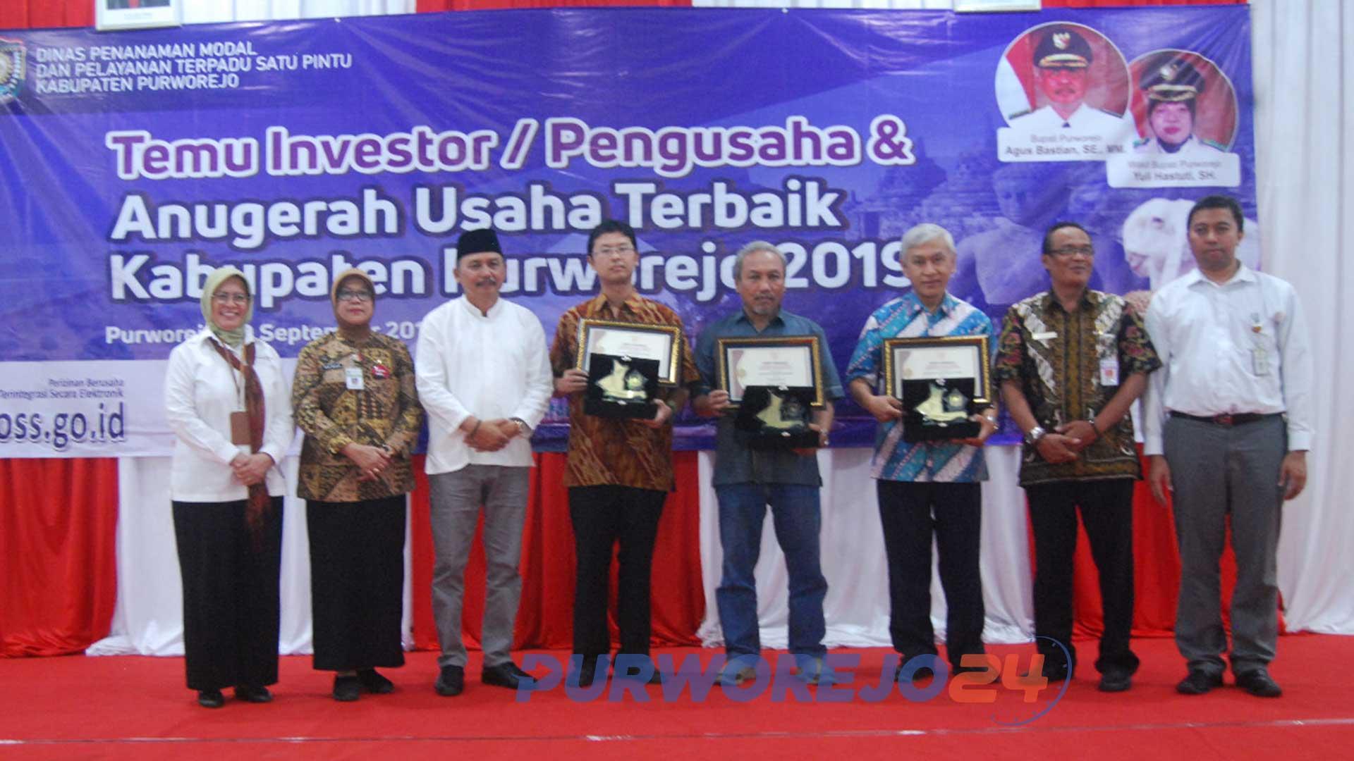 3 Perusahaan di Purworjeo Raih Penghargaan dari Bupati