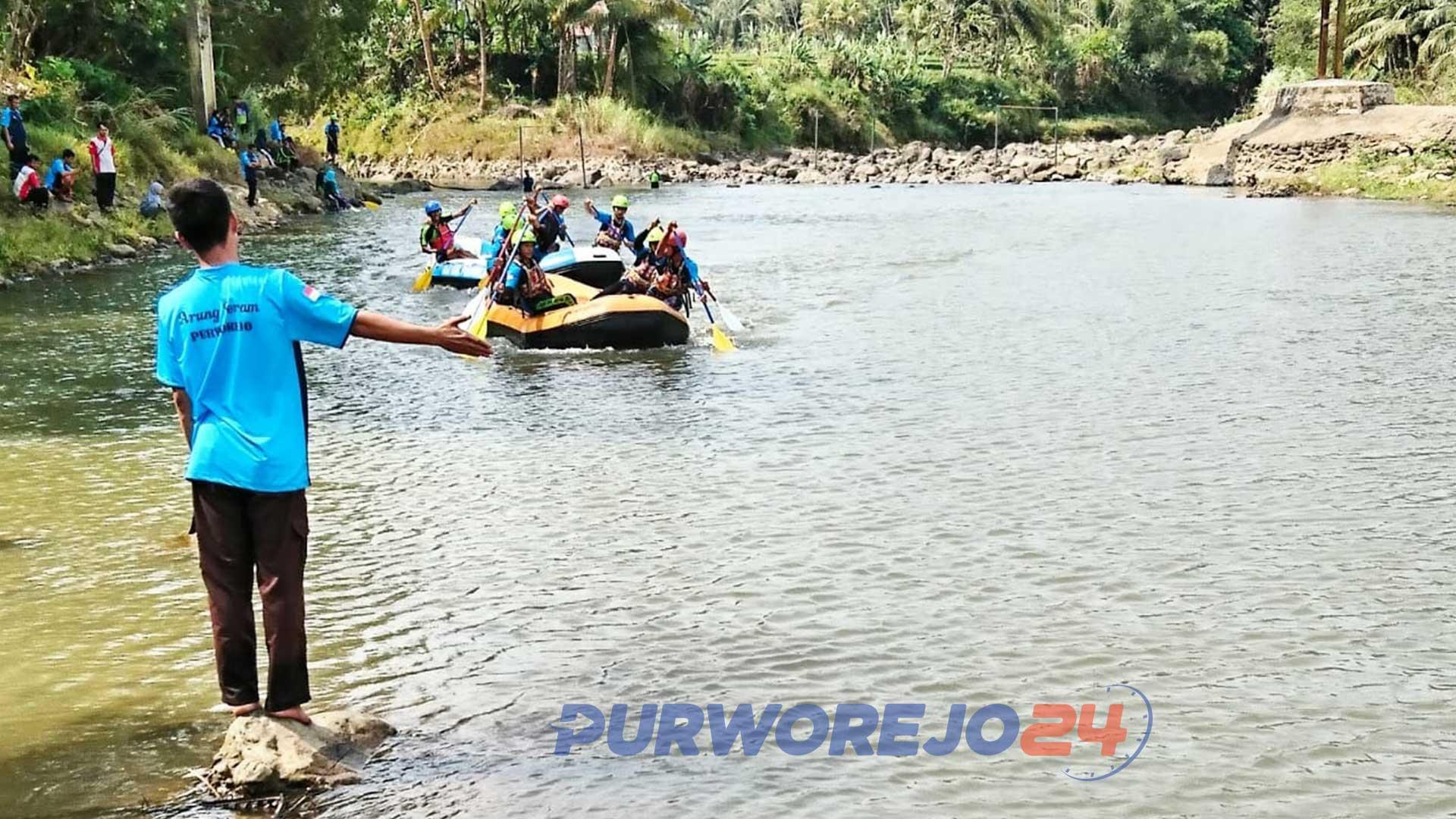 Coaching clinic arung jeram di Sungai Bogowonto. (22/9/2019)