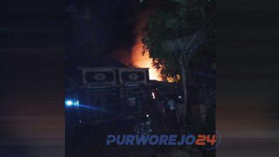 Kebakaran dapur perajin tahu di Bener.