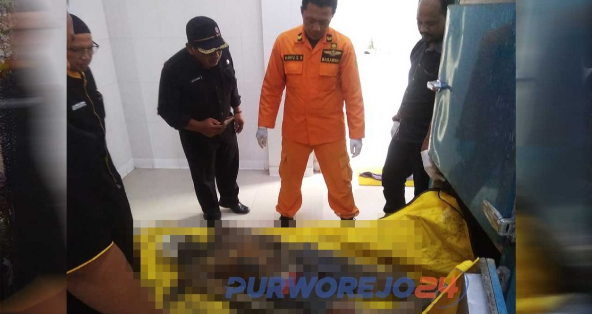 Penemuan mayat yang diduga korban hanyut di pantai Jetis Purworejo