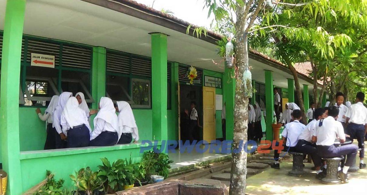 Suasana di salah satu SMP di Purworejo