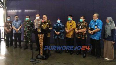Bupati Purworjeo menetapkan Kabupaten Purworejo Sebagai Tanggap Darurat Covud19. (27/3/2020)