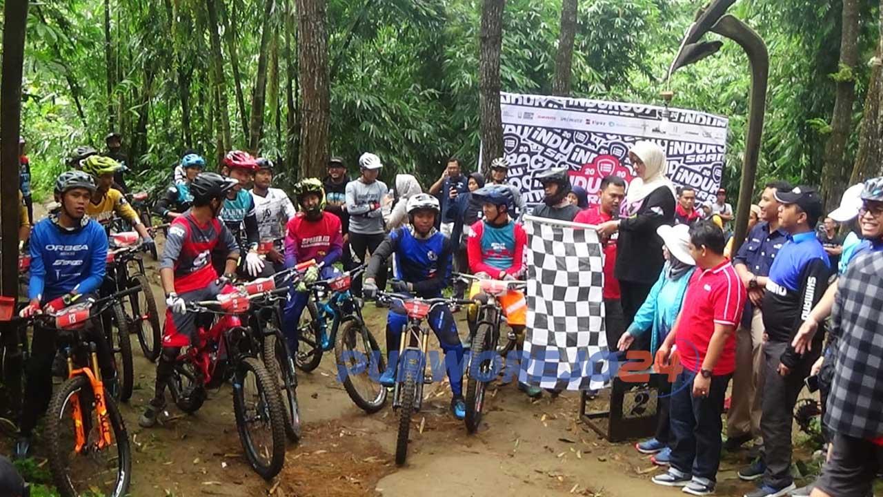 Peserta INDUROCS 1st Round 2020 Series memulai start dilepas Wakil Bupati Purworejo