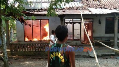 Rumah terbakar di Desa Kembangkuning Kecamatan Pituruh
