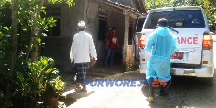 Seorang warga Desa Ngandaan, Pituruh dinyatakan sembuh dan pulang ke rumahnya.