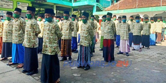 SMP Nurul Muttaqin Kemiri Peringati Hari Santri Nasional (HSN), 22/10/2020)