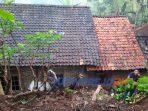 Sejumlah tempat di Pituruh terkena tanah longsor