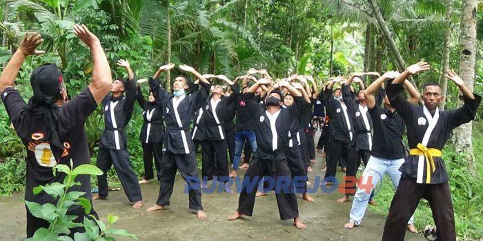 Harkatan atau kenaikan pangkat bagi anggota Paguyuban Silat Tenaga Dalam Roso Sejati Purworejo